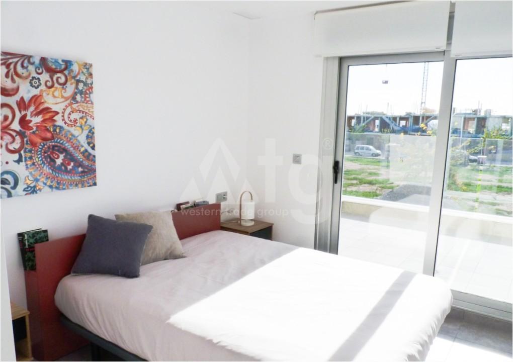 2 bedroom Apartment in Los Montesinos - MT7025 - 11