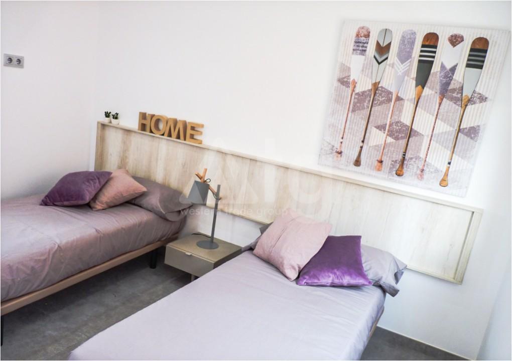 2 bedroom Apartment in Los Montesinos - MT7025 - 9