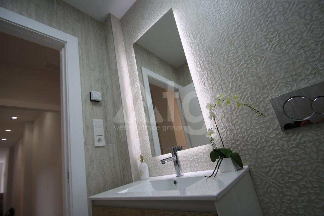 2 bedroom Apartment in Torrevieja  - AGI115739 - 17