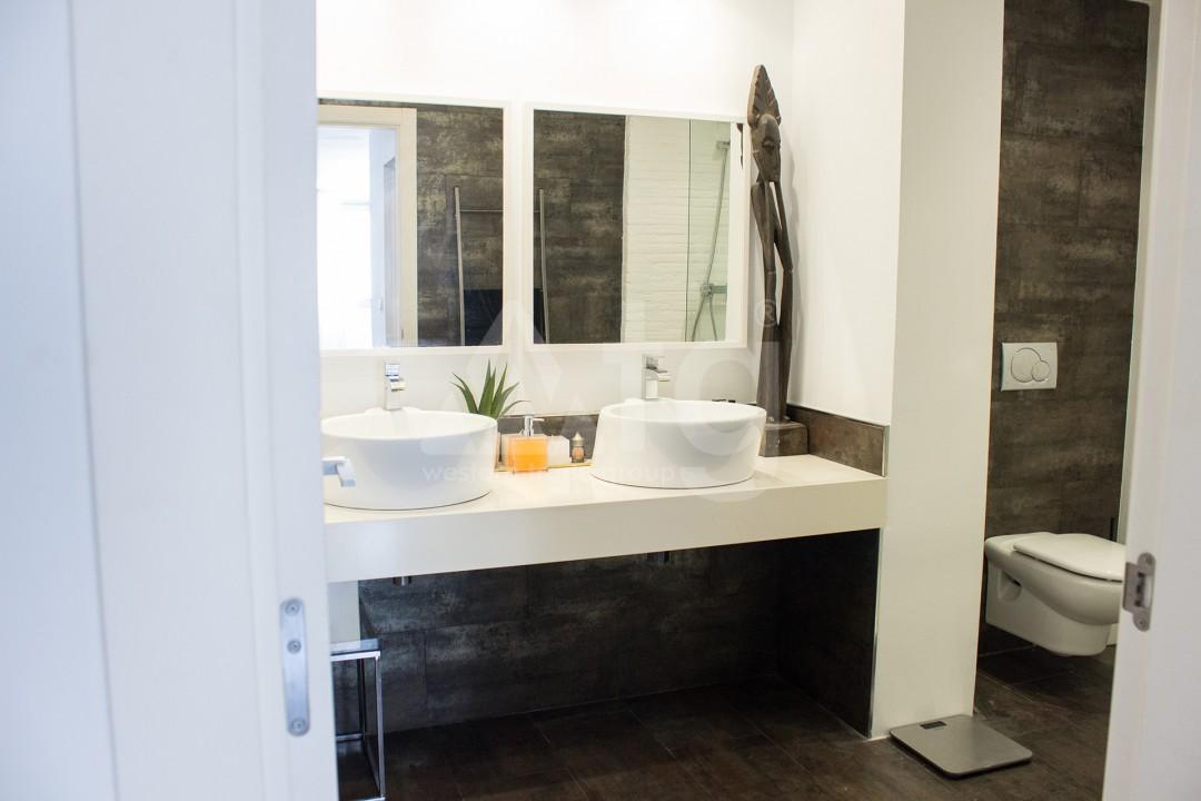 2 bedroom Apartment in Torrevieja - W8728 - 15