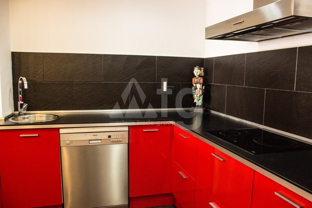 2 bedroom Apartment in Torrevieja - W8728 - 42