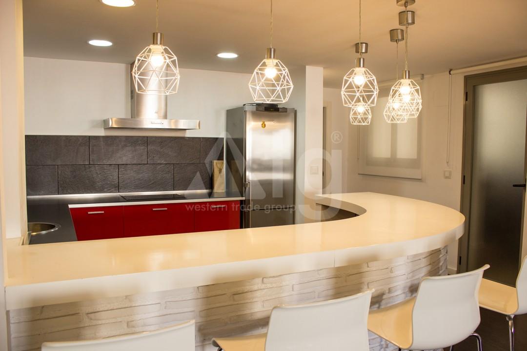 2 bedroom Apartment in Torrevieja - W8728 - 43