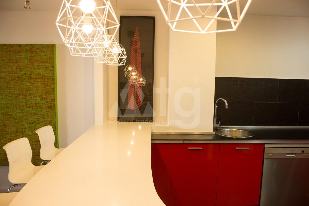 2 bedroom Apartment in Torrevieja - W8728 - 45