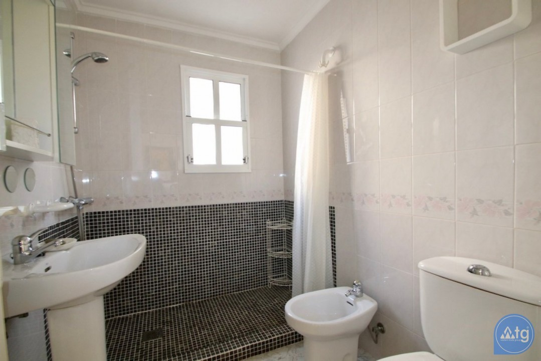 2 bedroom Bungalow in Playa Flamenca  - CRR89545632344 - 12