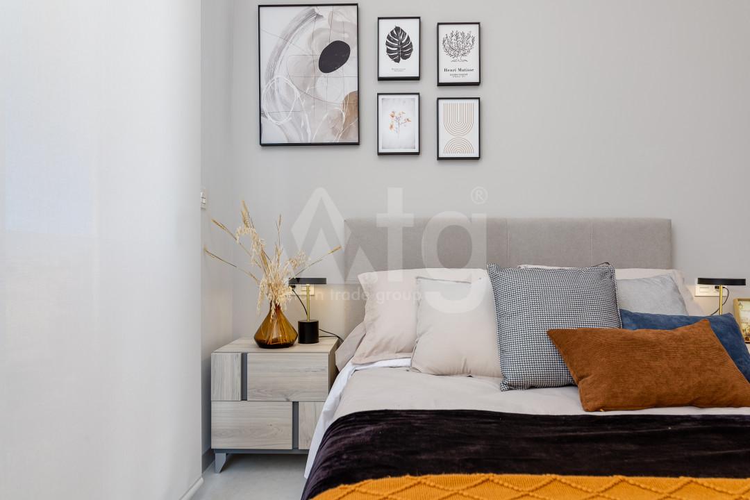 2 bedroom Duplex in Torrevieja  - NH109683 - 19