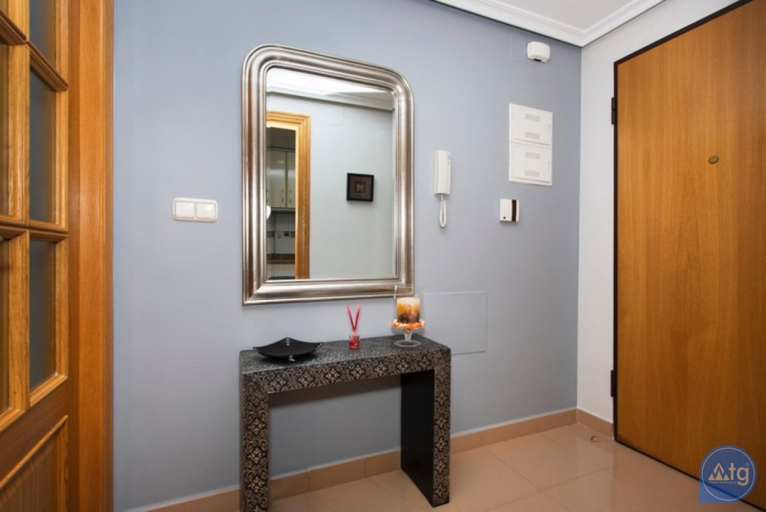 2 bedroom Penthouse in Cabo Roig  - CRR74222612344 - 15