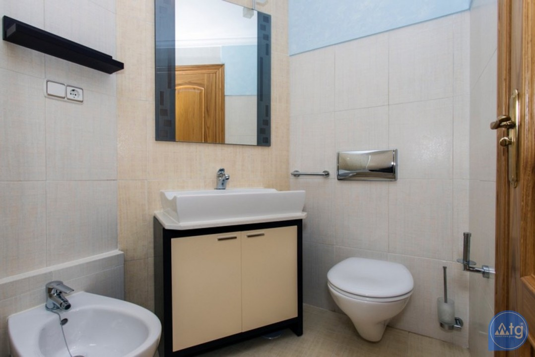 2 bedroom Penthouse in Cabo Roig  - CRR74222612344 - 21