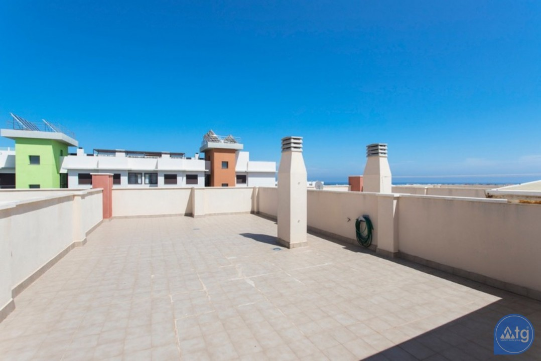 2 bedroom Penthouse in Cabo Roig  - CRR74222612344 - 23