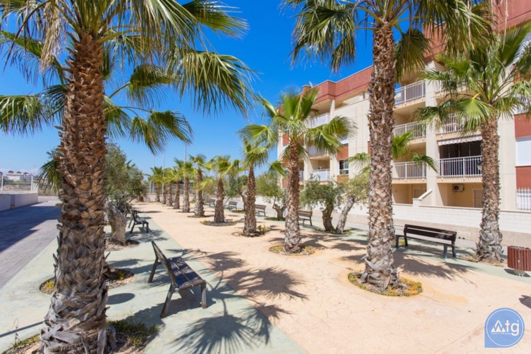 2 bedroom Penthouse in Cabo Roig  - CRR74222612344 - 26