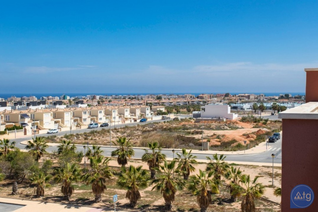 2 bedroom Penthouse in Cabo Roig  - CRR74222612344 - 28