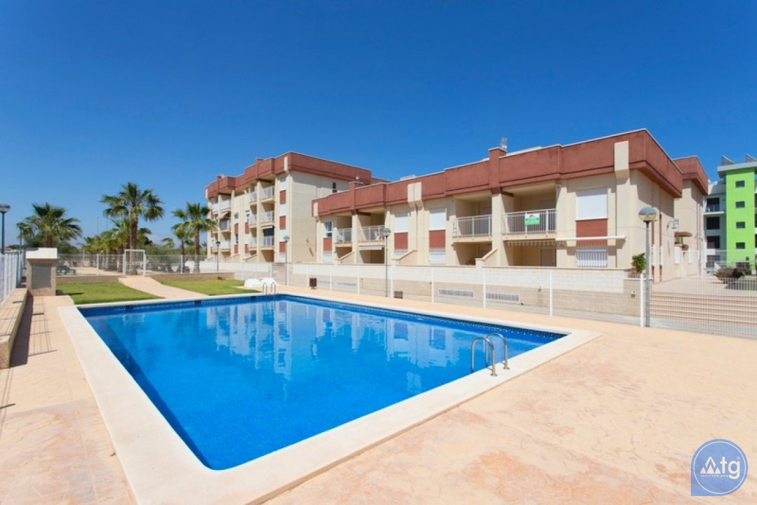 2 bedroom Penthouse in Cabo Roig  - CRR74222612344 - 3