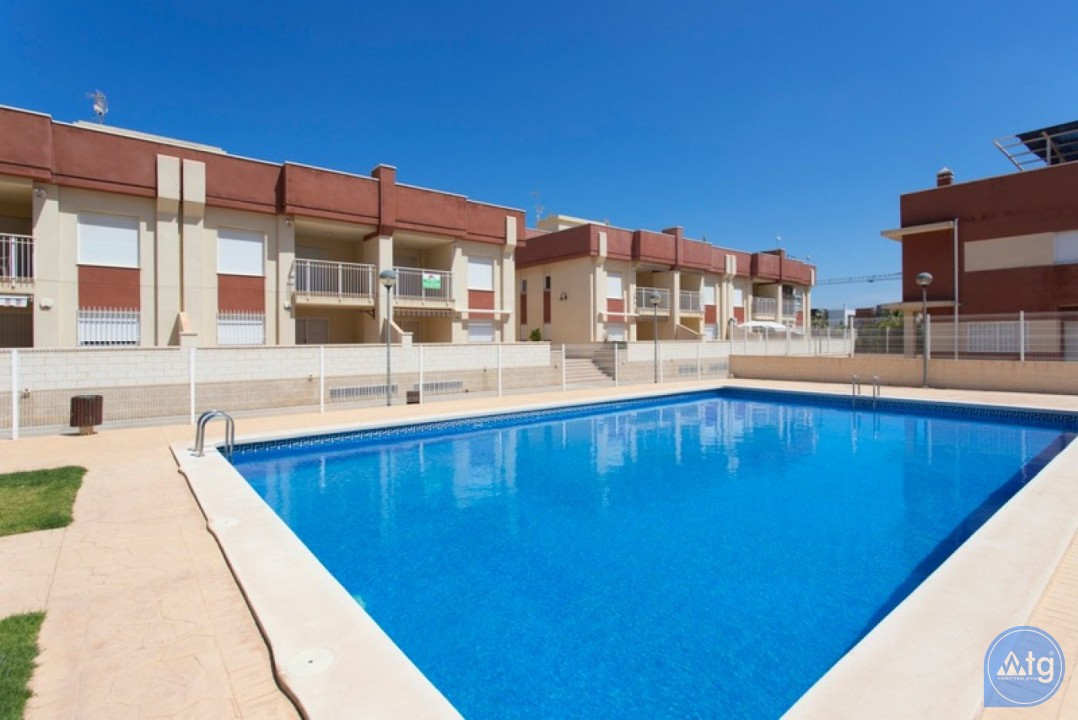 2 bedroom Penthouse in Cabo Roig  - CRR74222612344 - 4
