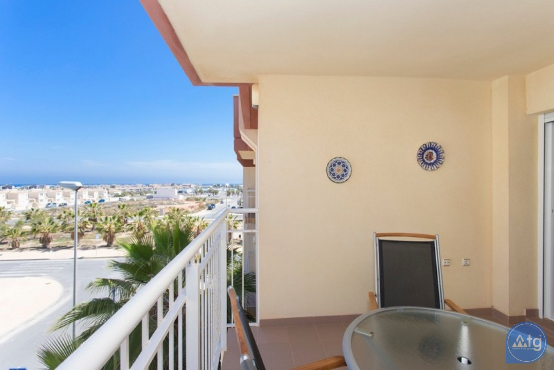 2 bedroom Penthouse in Cabo Roig  - CRR74222612344 - 8