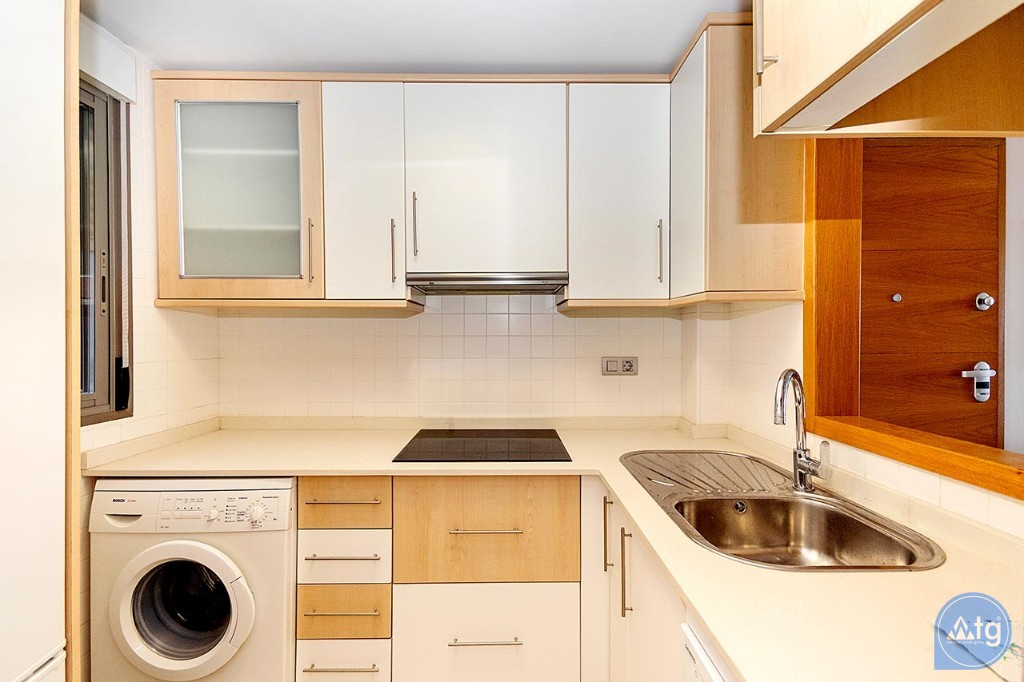 2 bedroom Penthouse in Torrevieja  - MS4576 - 8