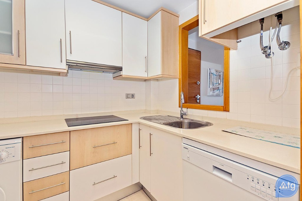 2 bedroom Penthouse in Torrevieja  - MS4576 - 9