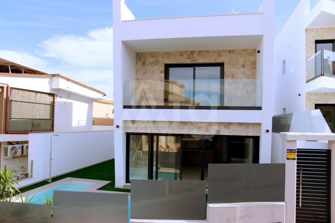 3 bedroom Townhouse in Torrevieja  - US115931 - 1