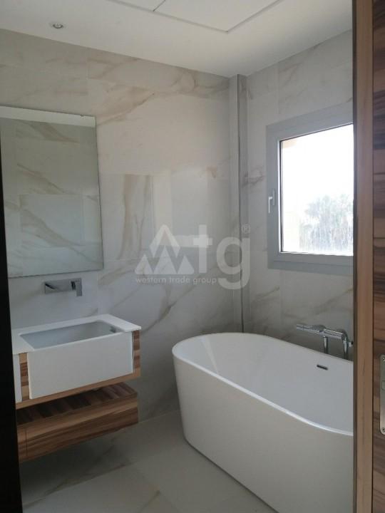 3 bedroom Townhouse in Torrevieja  - US115932 - 15