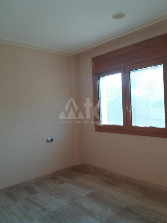 3 bedroom Townhouse in Torrevieja  - US115935 - 12