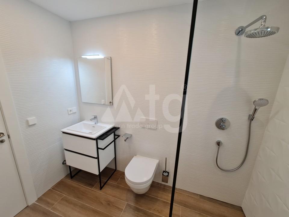 3 bedroom Townhouse in Torrevieja  - US115944 - 11
