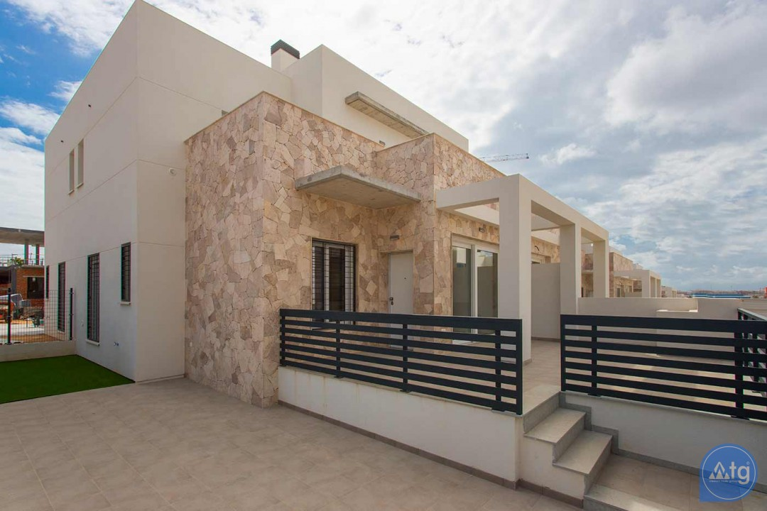 3 bedroom Townhouse in Torrevieja  - US115947 - 22