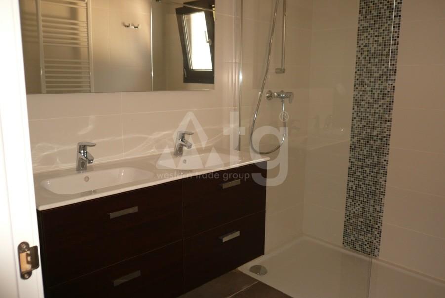 3 bedroom Townhouse in Torrevieja  - US115950 - 14