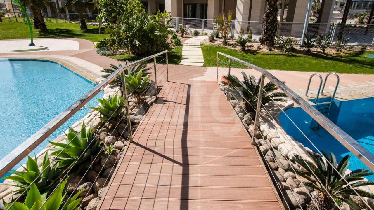 3 bedroom Apartment in Alicante  - QUA1116923 - 37