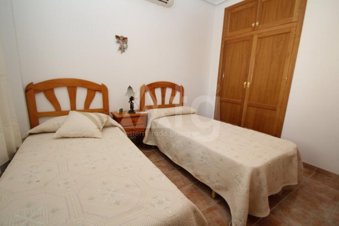 3 bedroom Apartment in Torre de la Horadada - CC2657 - 11