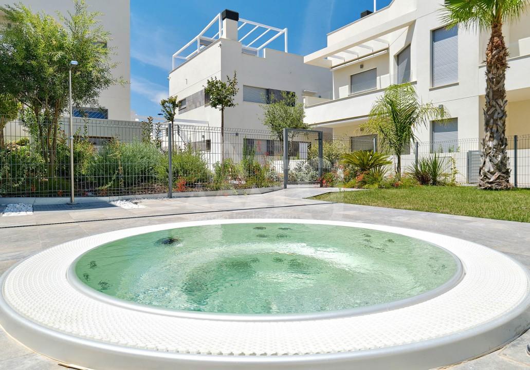 3 bedroom Apartment in Torrevieja - IR8062 - 13