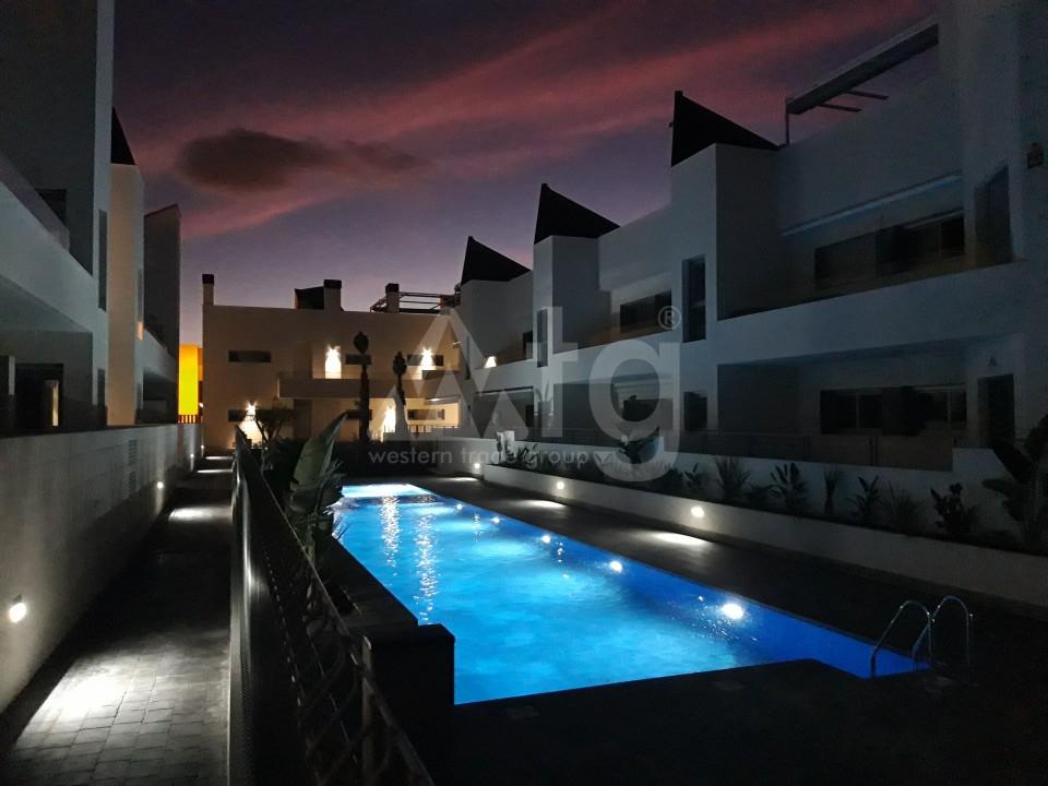 3 bedroom Apartment in Torrevieja - IR8062 - 14