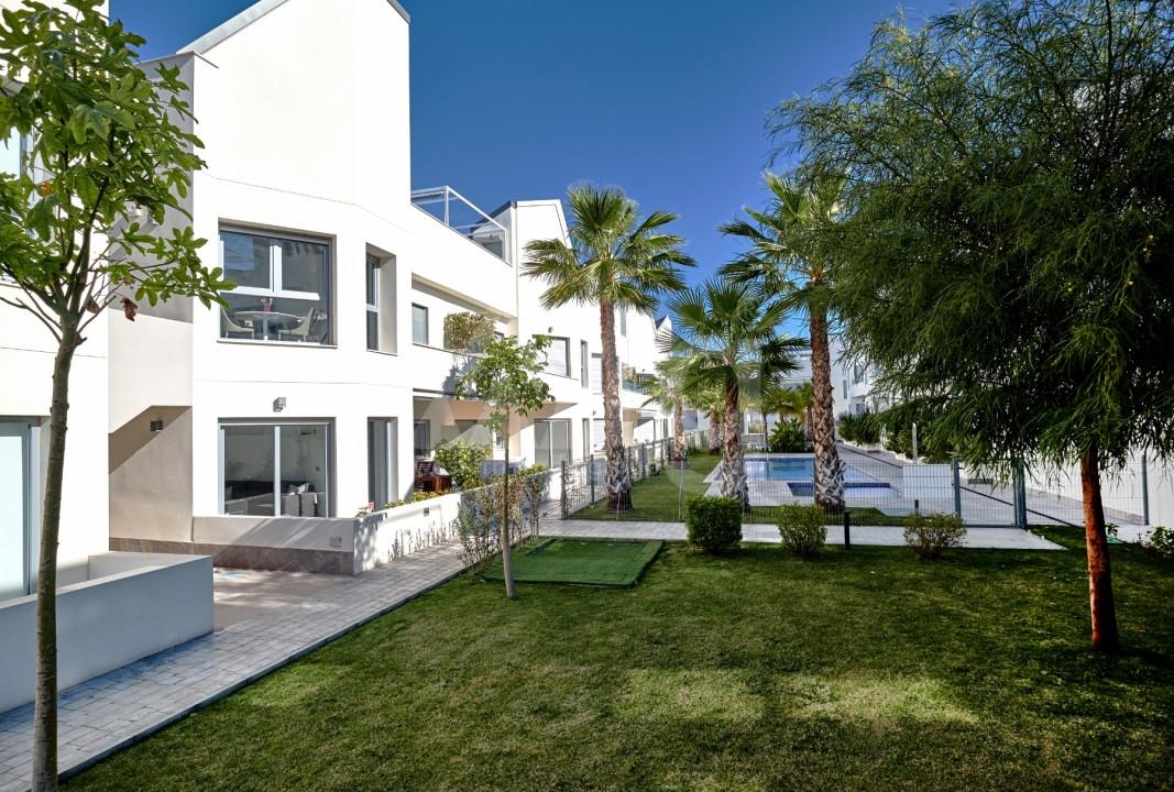 3 bedroom Apartment in Torrevieja - IR8062 - 17