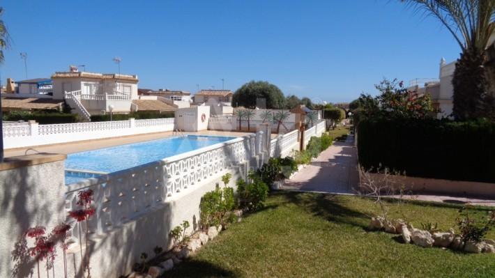 3 bedroom Bungalow in Torrevieja  - TT101326 - 2