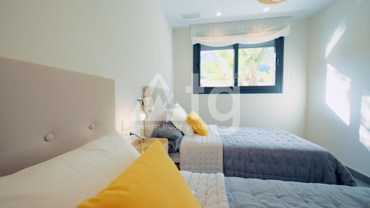 3 bedroom Duplex in La Mata  - NH110144 - 14