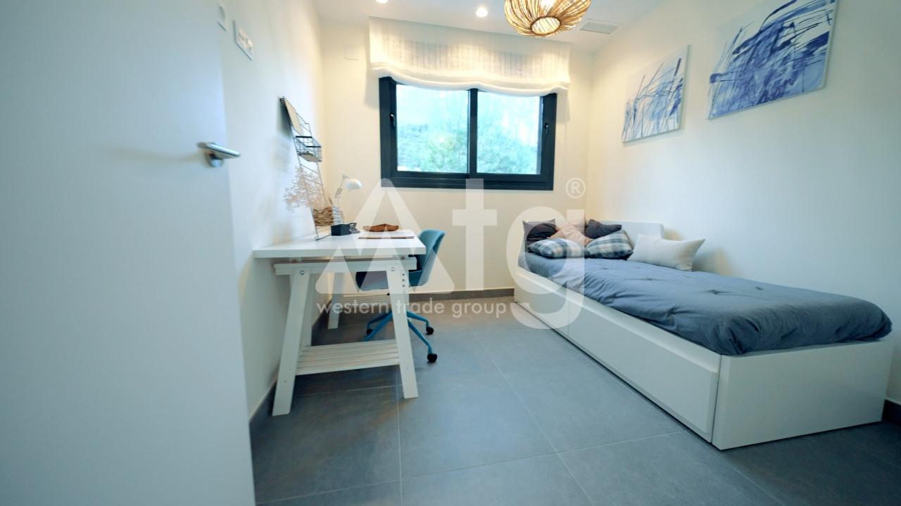 3 bedroom Duplex in La Mata  - NH110144 - 16