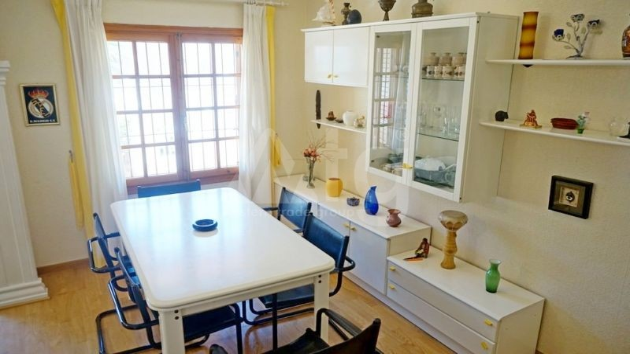 3 bedroom Duplex in La Mata  - NH110144 - 9