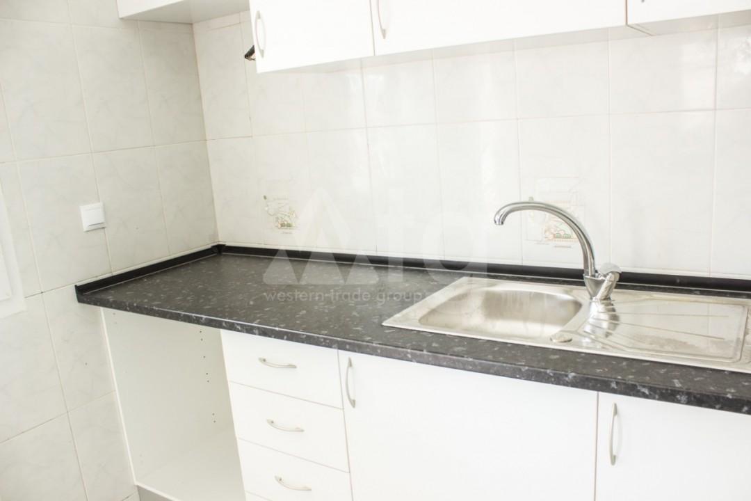 3 bedroom Duplex in Torrevieja - W8660 - 17