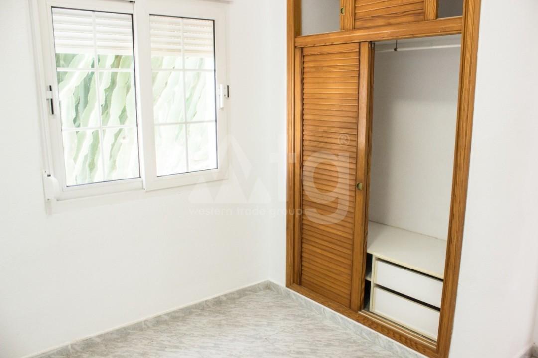 3 bedroom Duplex in Torrevieja - W8660 - 27