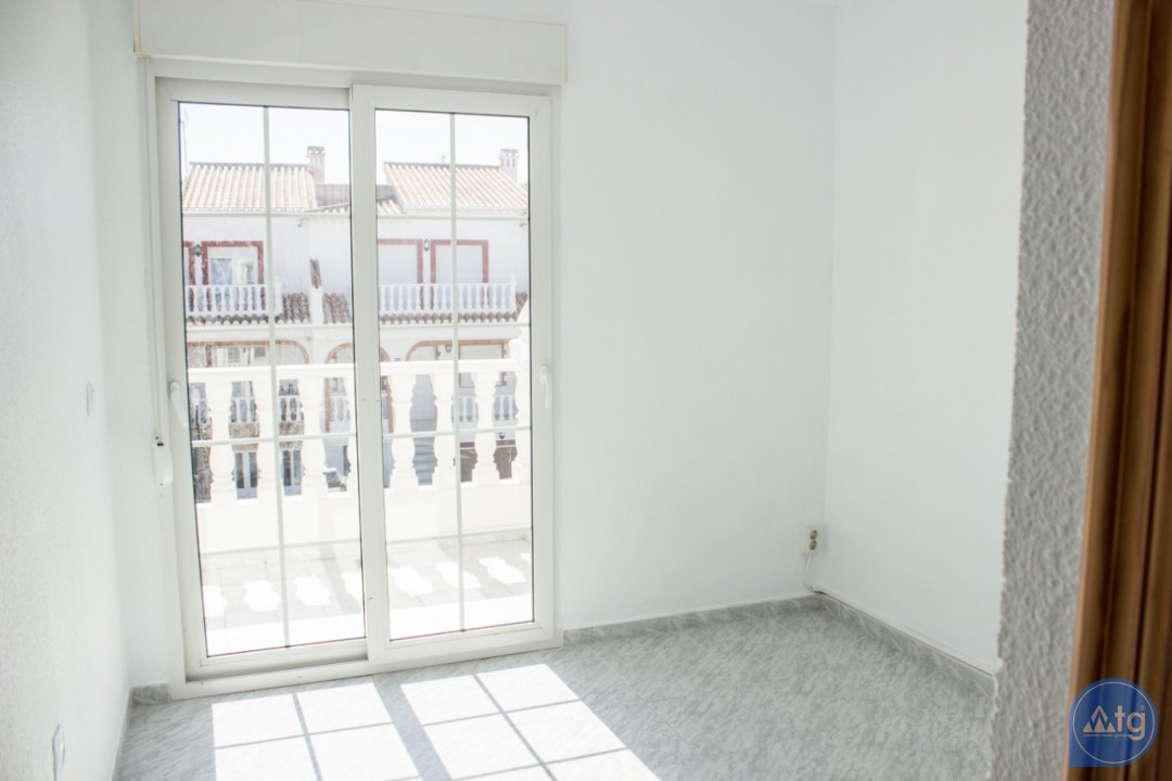 3 bedroom Duplex in Torrevieja - W8660 - 28