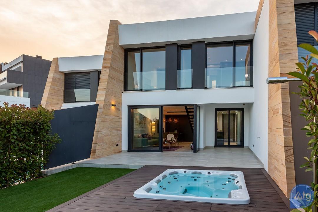 3 bedroom Townhouse in Villamartin  - TRI114827 - 1