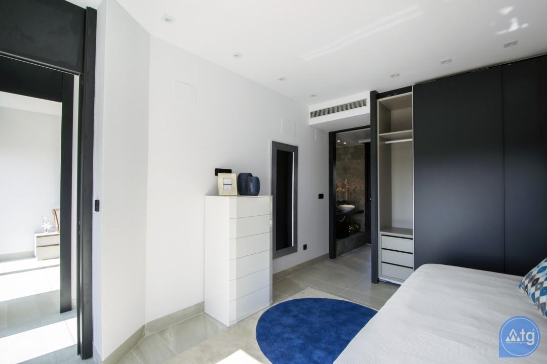 3 bedroom Townhouse in Villamartin  - TRI114827 - 10