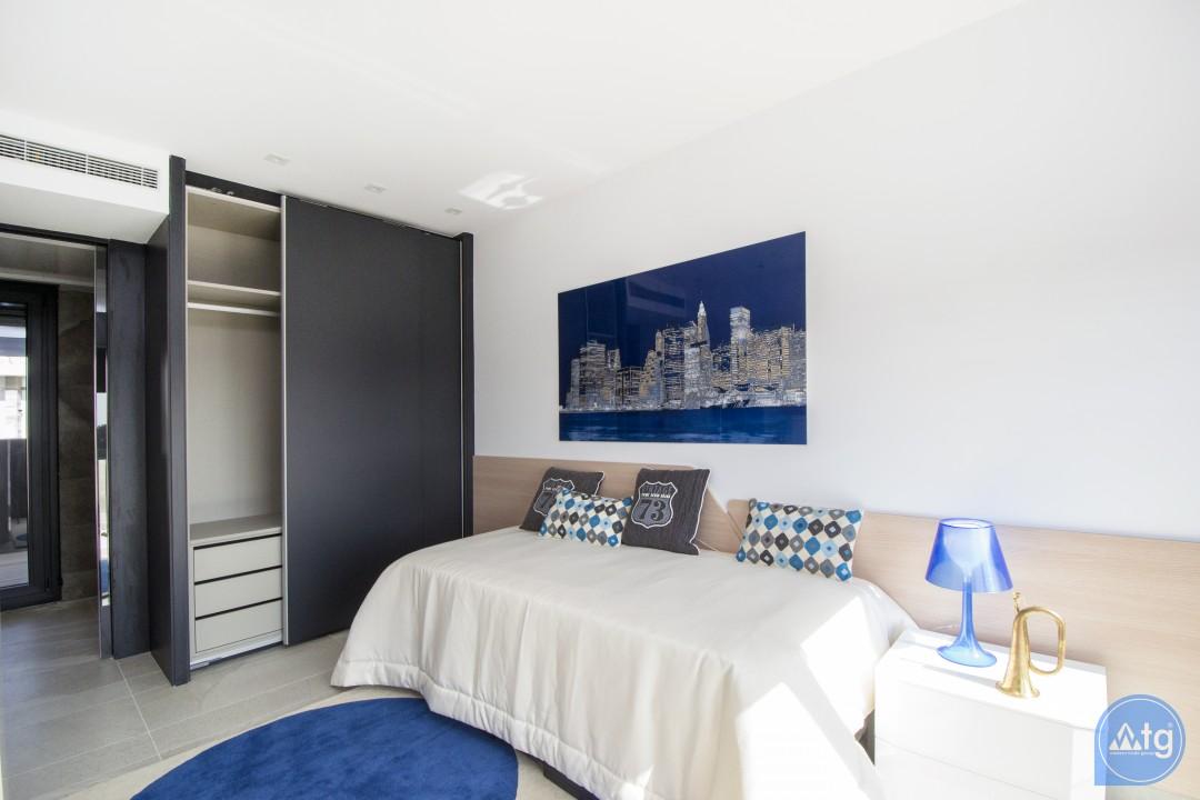 3 bedroom Townhouse in Villamartin  - TRI114827 - 12
