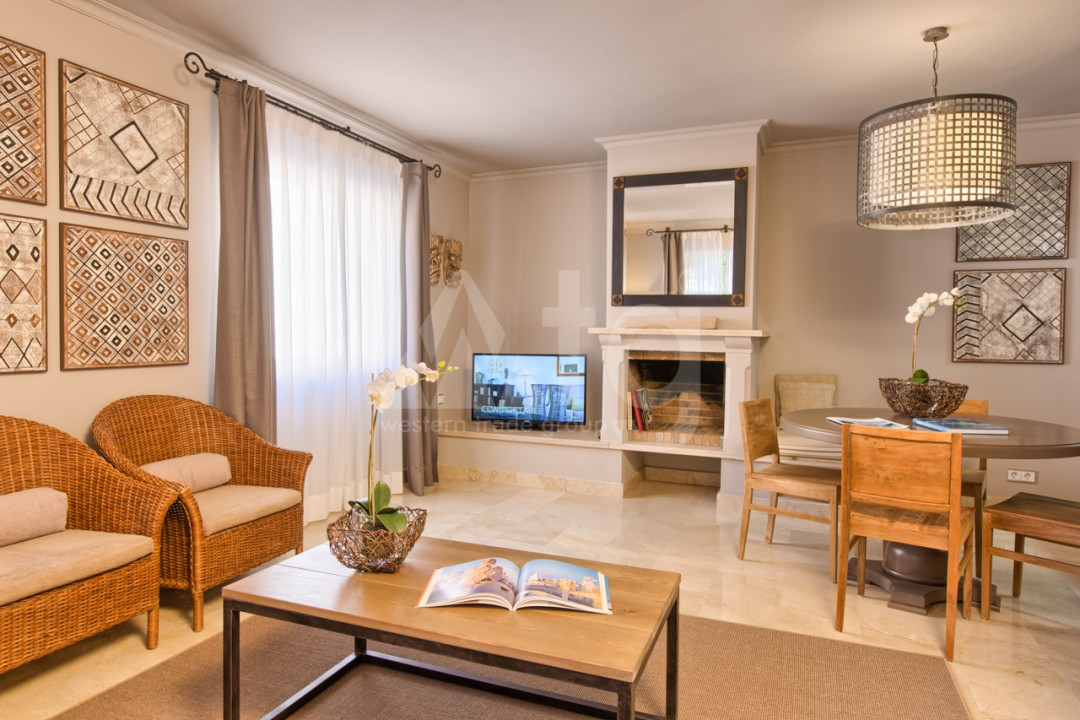 3 bedroom Villa in Cabo Roig  - IM116752 - 10