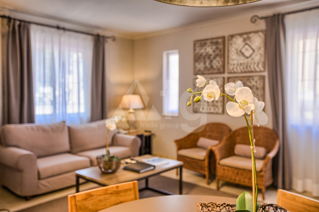 3 bedroom Villa in Cabo Roig  - IM116754 - 9