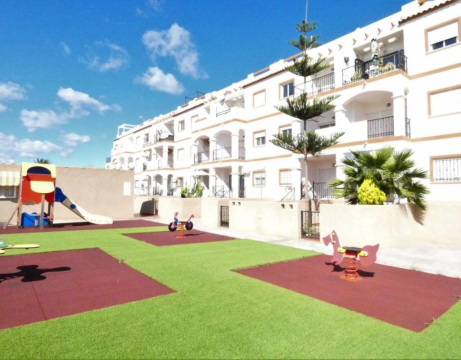 3 bedroom Villa in Guardamar del Segura  - LCP117159 - 3
