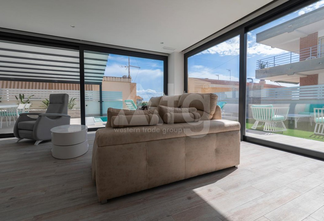 3 bedroom Villa in Guardamar del Segura  - LCP117159 - 46