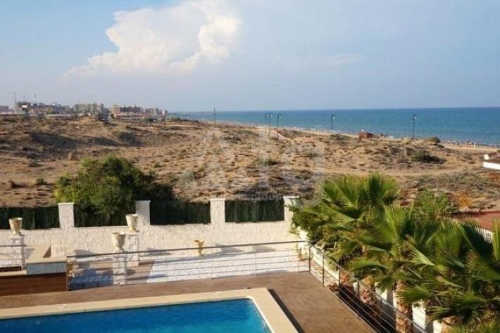 3 bedroom Villa in La Mata  - TT443 - 30