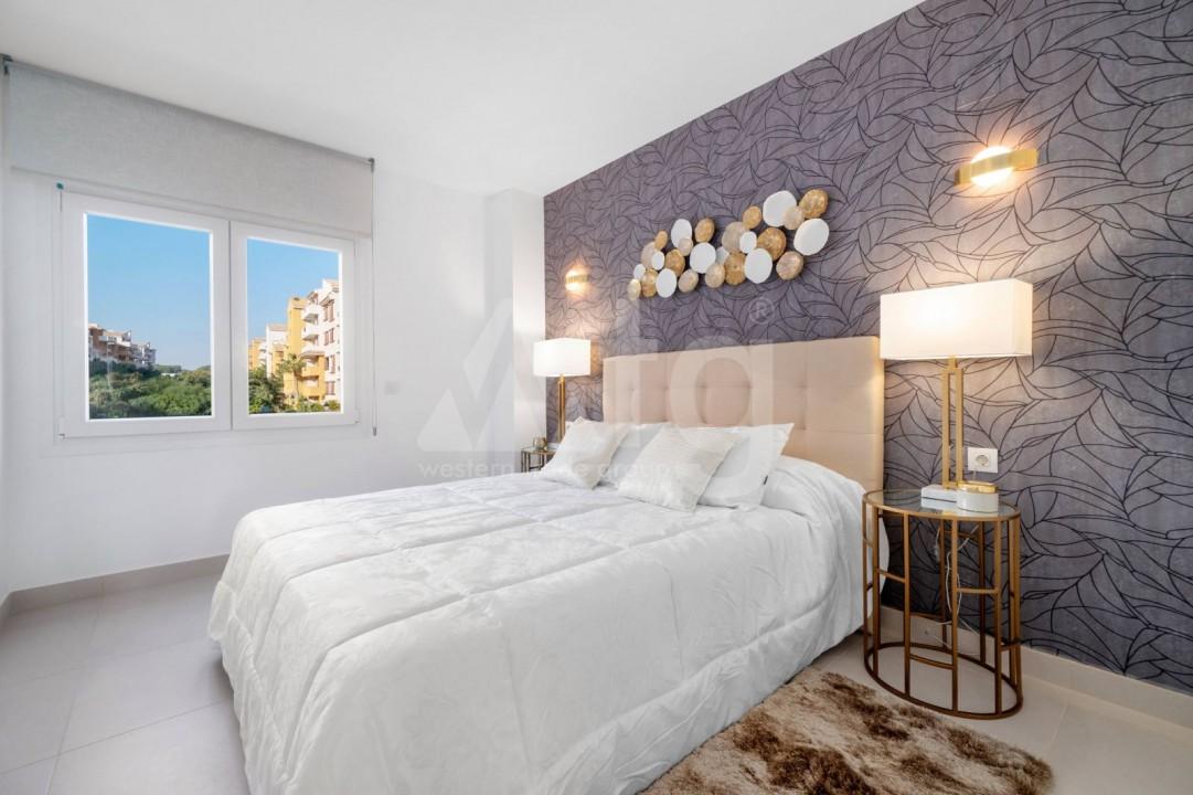 3 bedroom Villa in Los Montesinos - HE7380 - 12