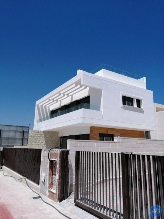3 bedroom Villa in Mil Palmeras - VG6422 - 24