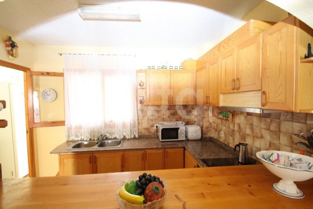 4 bedroom Apartment in Cabo Roig  - CRR90978662344 - 11
