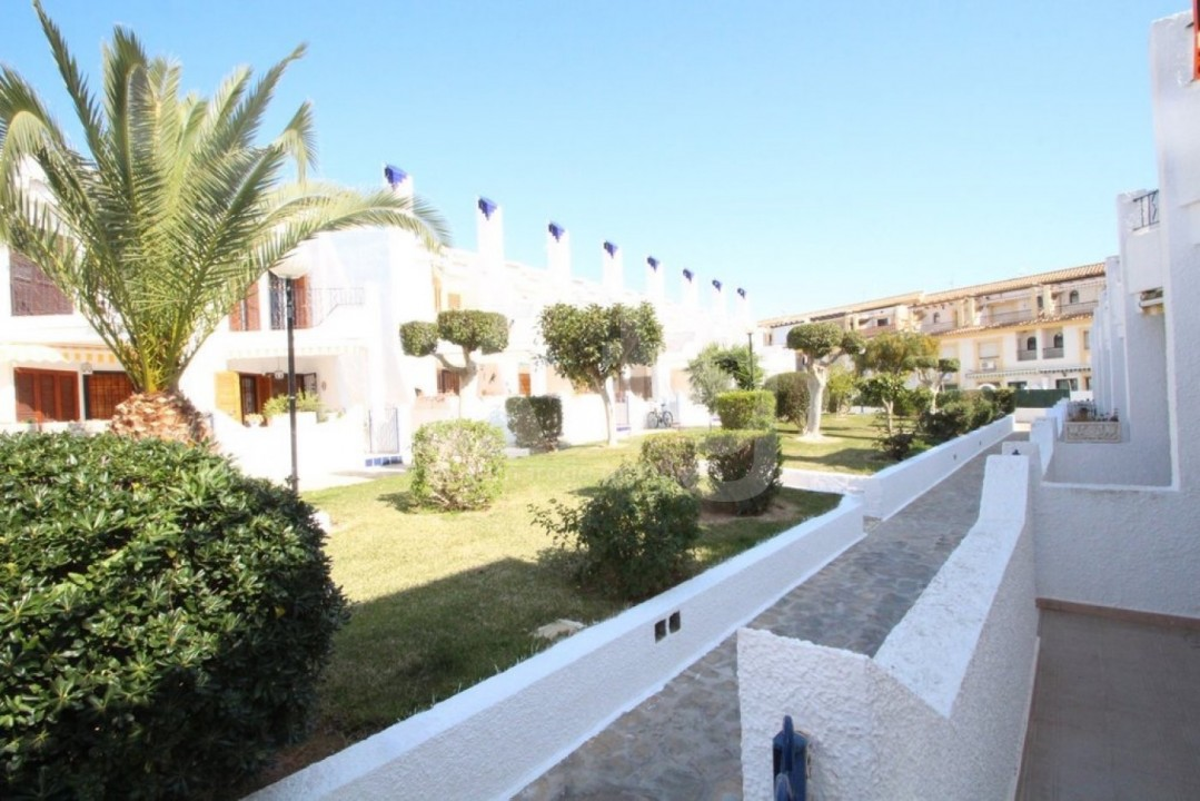 4 bedroom Apartment in Cabo Roig  - CRR90978662344 - 21