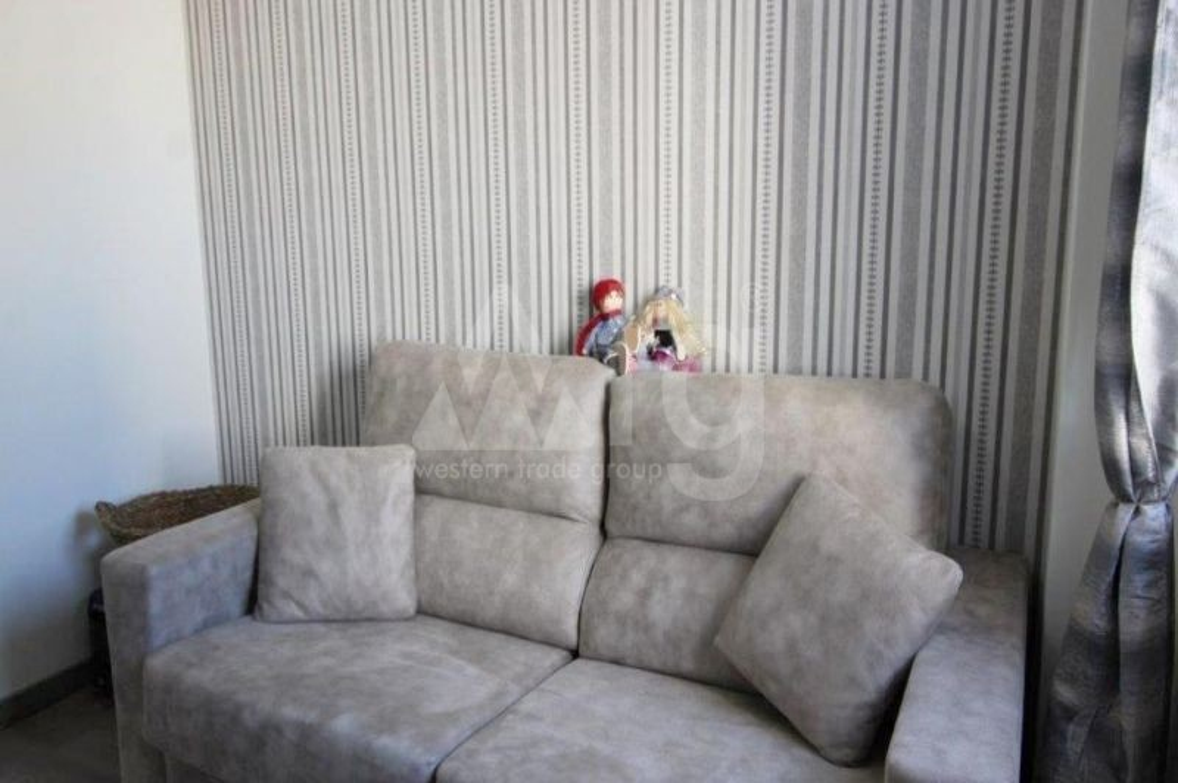 4 bedroom Duplex in Torrevieja  - NH110060 - 16